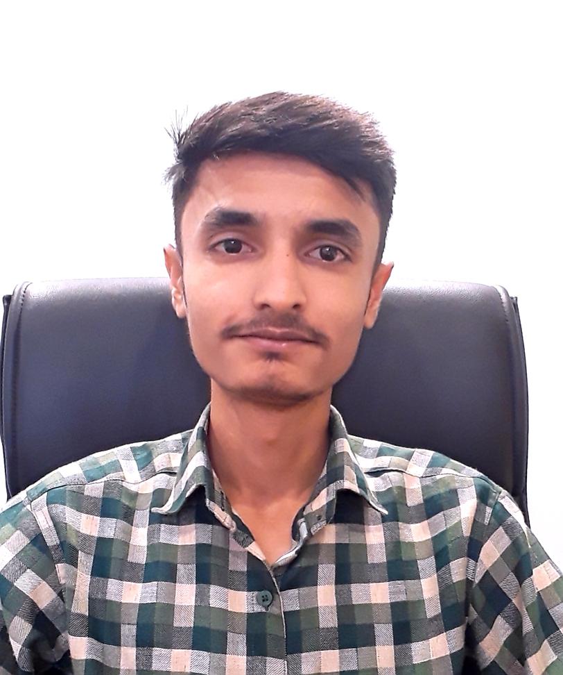 Shri Vishal Fofandi : Accountant