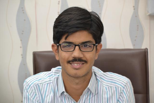 Shri. Samarth Oza : Asst. Professor (Sanskrit)